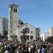 Sfinţire de biserică în parohia greco-catolică Mănăştur 1 Vest din Cluj-Napoca