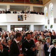 Binecuvântarea altarului şi picturii bisericii din Cuzdrioara