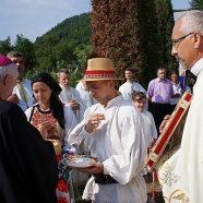 """Sfinţirea bisericii """"Toţi Sfinţii"""" din parohia Chiuieşti"""